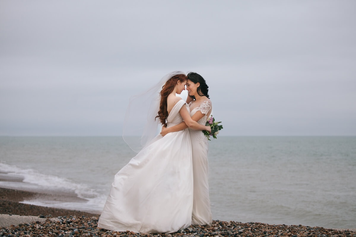 Comfortable Wedding Outfits For Lesbians Contemporary - Wedding ...